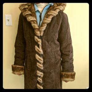 Genuine Leather /faux fur liner winter coat, woman
